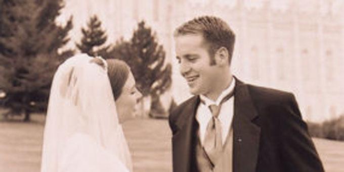 結婚式の相場っていくら?