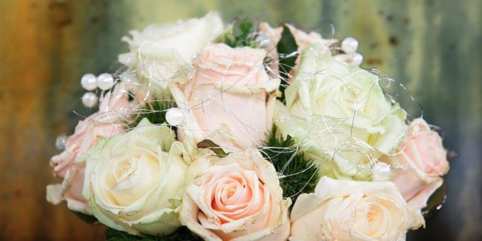 事前に知っておきたい 結婚式の節約方法
